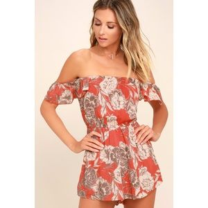 AMUSE SOCIETY Coral Kiss & Tell Floral Romper S